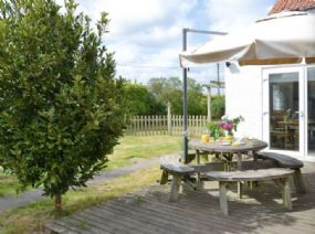 Dog friendly Holidays Horning | Boat House Ludham pets welcome